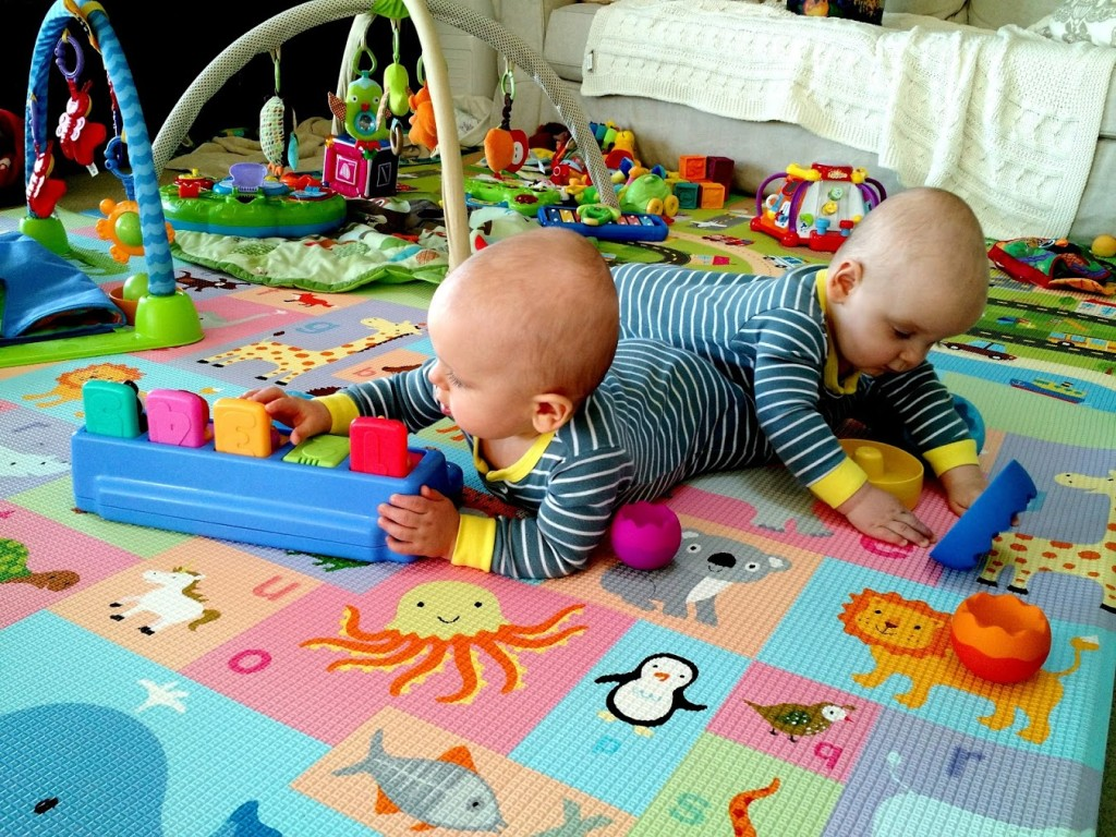 Baby Activity Toys : The best indoor activities for babies twins at months