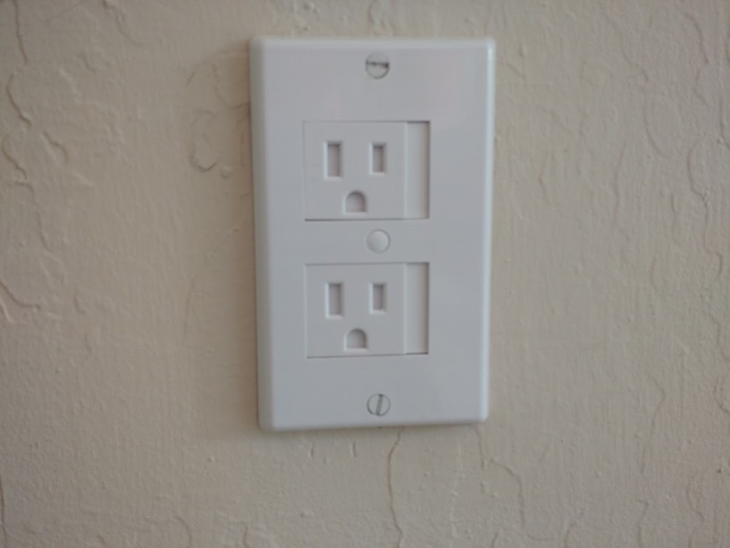 outlet plates babyproofing